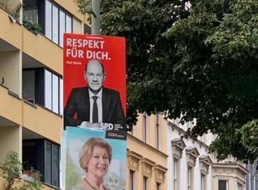 cartazes de postulantes na eleição alemã.
