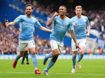 Atacante Gabriel Jesus comemora gol no jogo Chelsea x Manchester City, pela Premier League