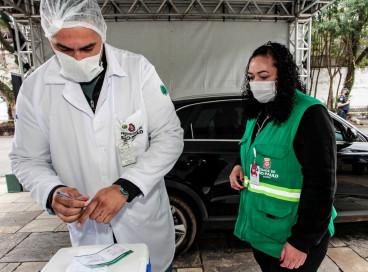 SP: parques e farmácias estão abertos para vacinação