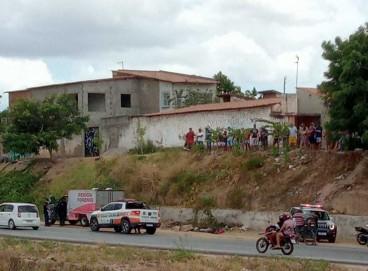 Perícia Forense esteve no local onde o corpo esquartejado foi abandonado