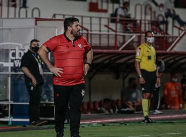 Brasileiro: Eduardo Barroca deixa comando do Atlético-GO