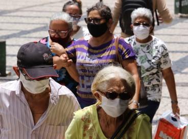 Em 2020, por causa da pandemia, os brasileiros perderam 1,78 anos de expectativa de vida, de acordo com pesquisa
