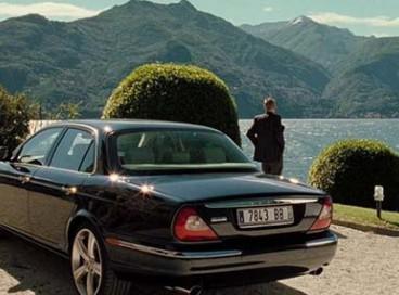 Jaguar XJ8 (
