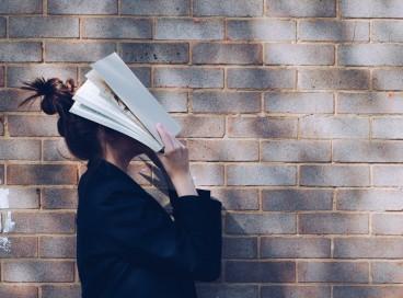 O que é TDAH: não se adaptar bem às demandas escolares na ingância podem trazer sintomas de autodepreciação, incapacidade e irritabilidade na vida adulta