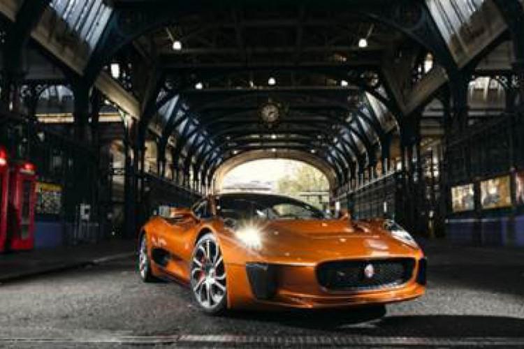 """Jaguar CX75 (""""007 Contra Spectre"""")"""