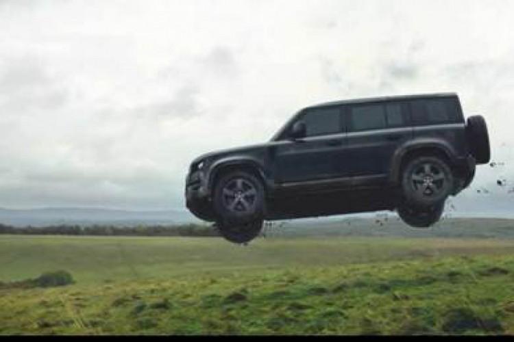 """Novo Land Rover Defender e Defender V8 (""""007: Sem Tempo Para Morrer"""")"""