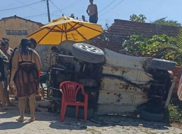 Acidente de buggy em Beberibe envolvendo turistas de Minas Gerias, no litoral cearense