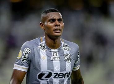 Atacante Cléber foi expulso pela segunda vez na Série A do Brasileiro
