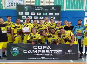 A equipe cearense Montcau Handebol foi campeã da Copa Campestre na categoria Master Masculino 46 anos