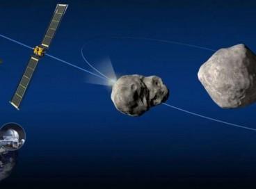 A missão DART pretende atingir o menor dos dois asteroides a uma velocidade de quase 24 mil quilômetros por hora. O impacto deve mudar sua órbita