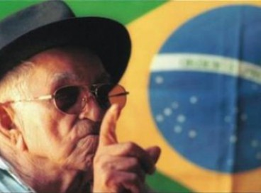 Patativa do Assaré, poeta popular, compositor, cantor e improvisador nordestino
