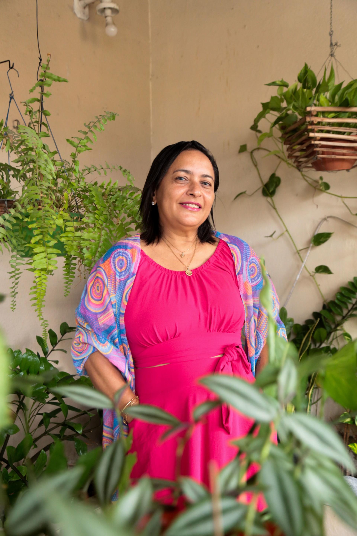 Atualmente, Aila Maria Veras de Oliveira, 55, continua sendo acompanhada no Instituto do Câncer do Ceará (Foto: Yago Albuquerque / Especial para O Povo)