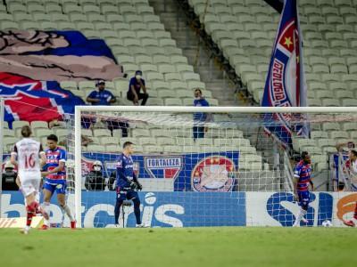 Defesa do Fortaleza tem sofrido maior parte dos gols em lances de bola parada