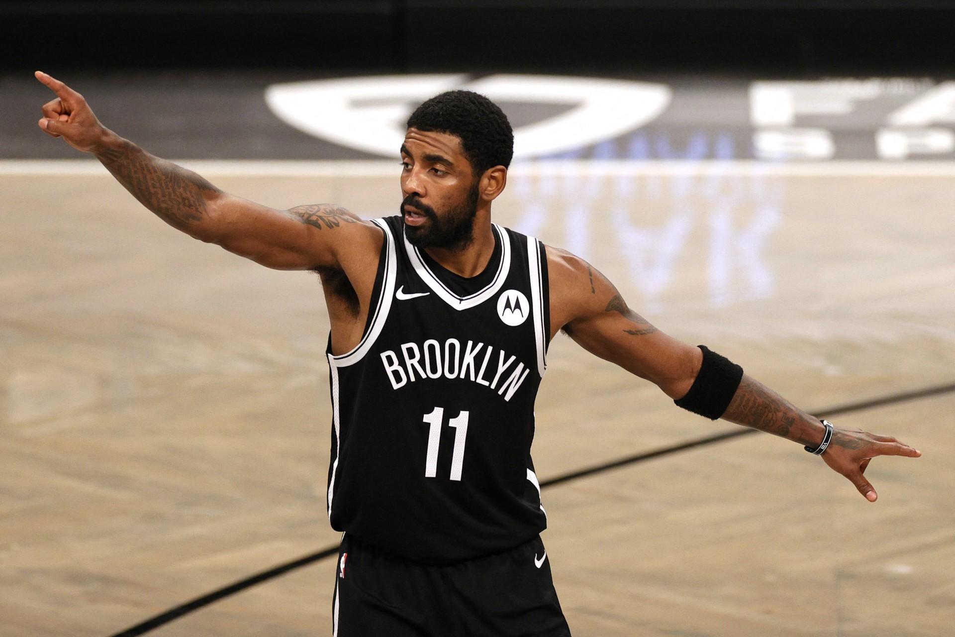 Kyrie Irving é um dos craques do Brooklyn Nets (Foto: Sarah Stier / GETTY IMAGES AMÉRICA DO NORTE / AFP)