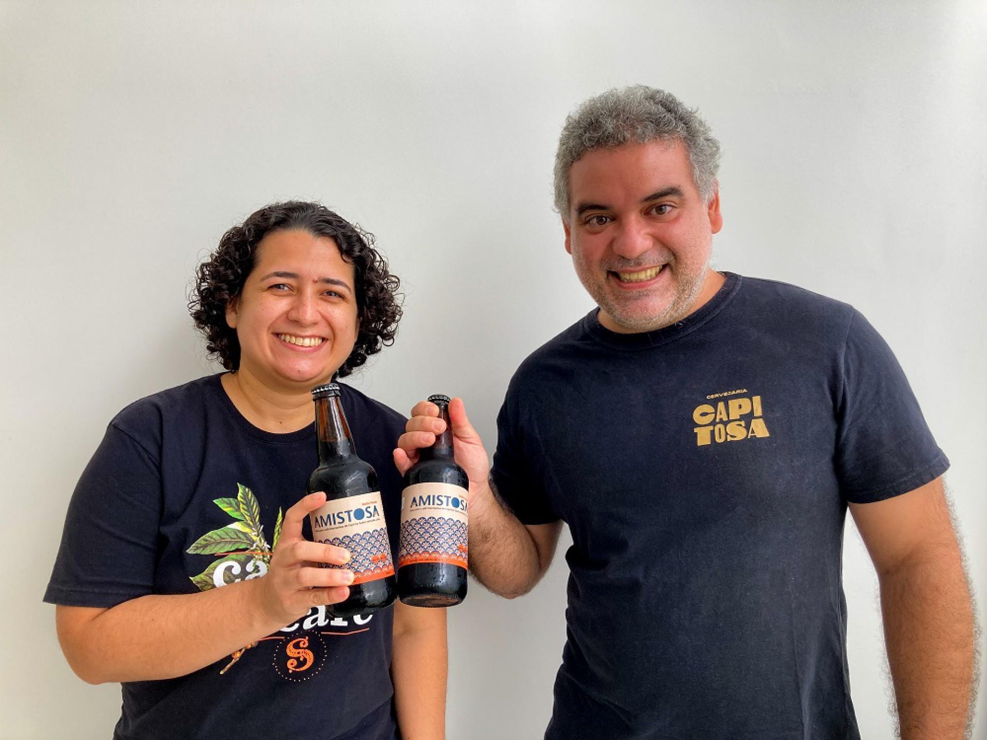Cervejaria Capitosa e Amika Coffehouse lançam cervejacom adição de café