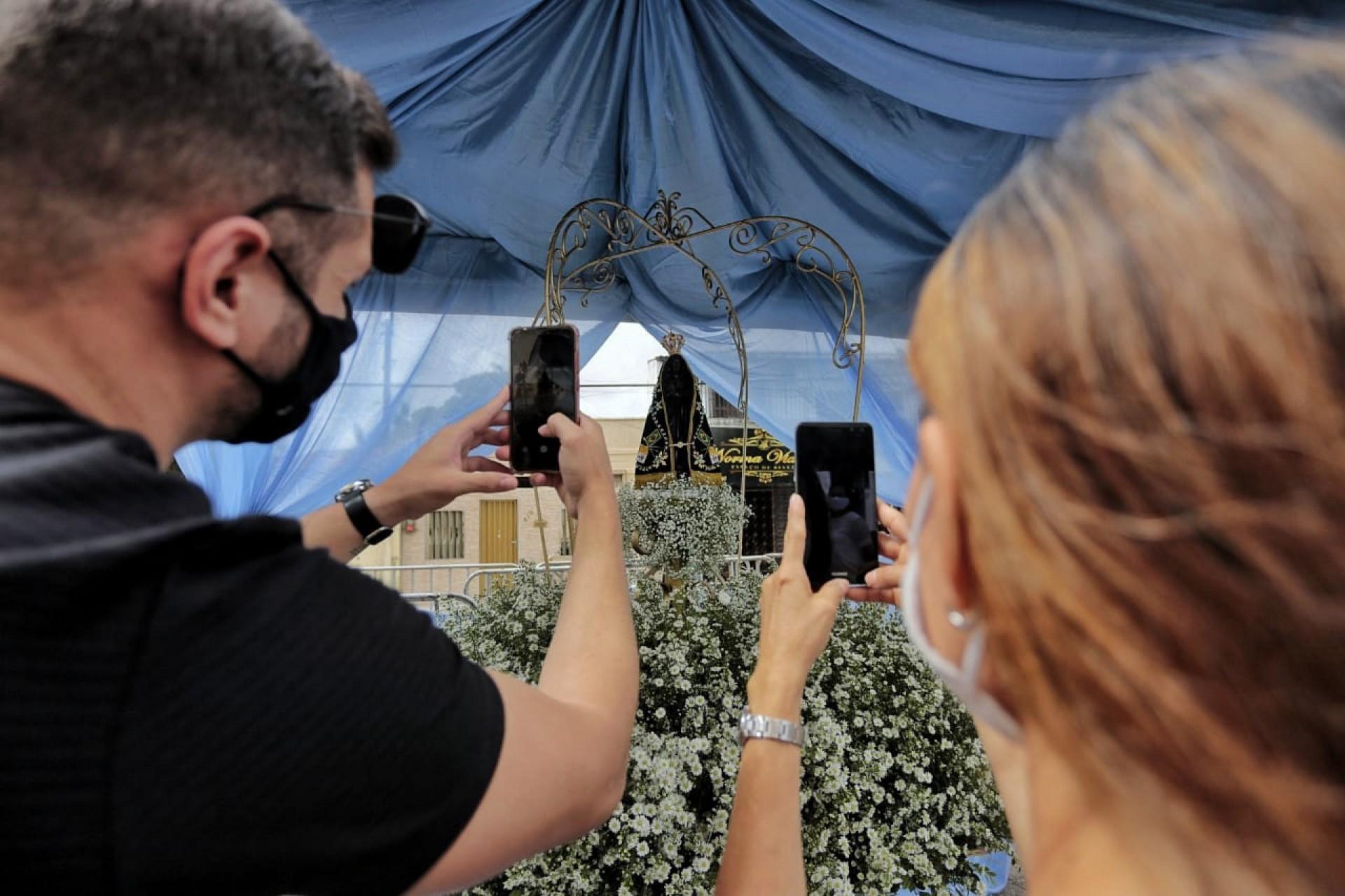 A imagem de Nossa Senhora Aparecida deve ser transportada pelas ruas do bairro Montese a partir das 15h30 desta terça-feira, 12