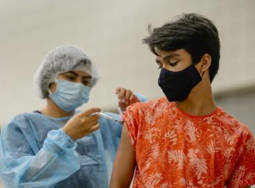 No Ceará, mais de quatro milhões de pessoas completaram o esquema vacinal contra a Covid-19