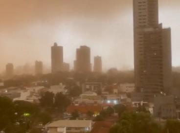 Tempestade de areia atingiu municípios do Mato Grosso do Sul como a capital Campo Grande