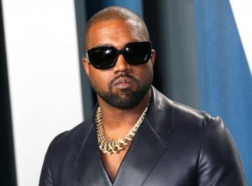 Ye é o  título de um dos discos de Kanye West, lançado em 2018, e seu nome das redes sociais há anos