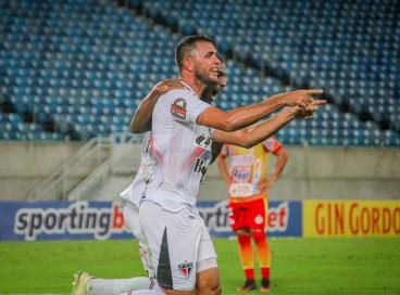 Ferroviário goleia a Juazeirense por 4 a 0 e avança para a 3ª fase das eliminatórias da Copa do Nordeste 2022