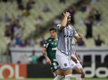 Derrota para o Palmeiras encerrou a sequência de 11 jogos de invencibilidade do Ceará no Castelão
