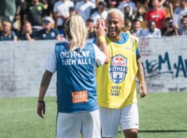 Neymar Jr encara jogo-amistoso diante de equipe campeã na última edição do Red Bull Neymar Jr's Five