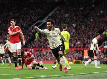 Atacante Salah comemora gol no jogo Manchester United x Liverpool, em Old Trafford, pelo Campeonato Inglês