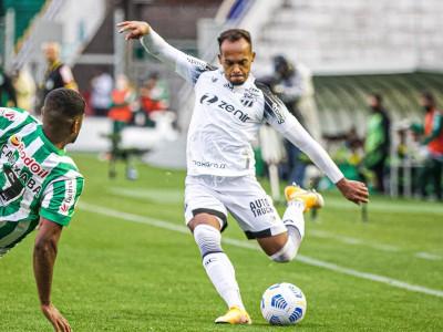 Bruno Pacheco completa 100 jogos pelo Ceará diante do Juventude-RS