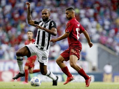 Ceará e Bahia se enfrentaram na noite desta quarta-feira, 27, na Arena Fonte Nova, em Salvador, pela Série A
