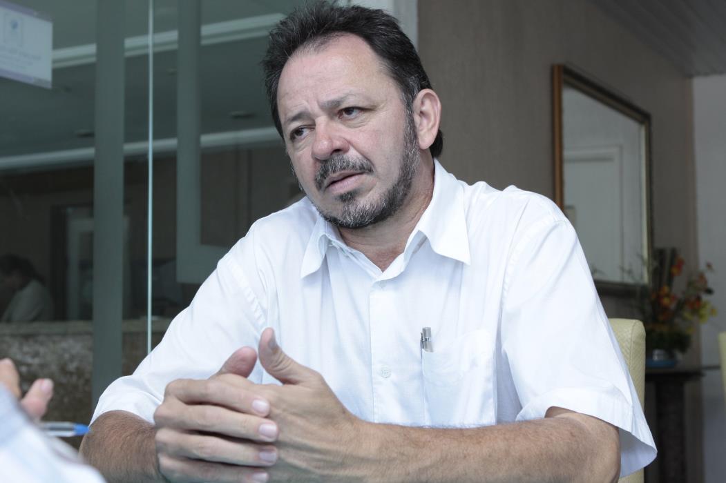 Acrisio Sena, deputado estadual petista.