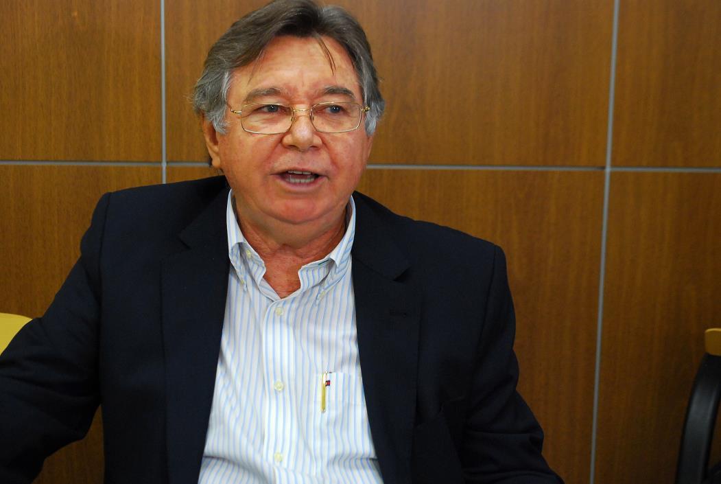 Ciclo de Conferência Cidadã  (Academia Estadual de Segurança Pública - AESP) Na foto: César Barreira, diretor geral da Academia de Segurança do Ceará Foto: Dora Moreira, em 18/07/2011 *** Local Caption *** Publicada em 17/04/2013 - ES 08
