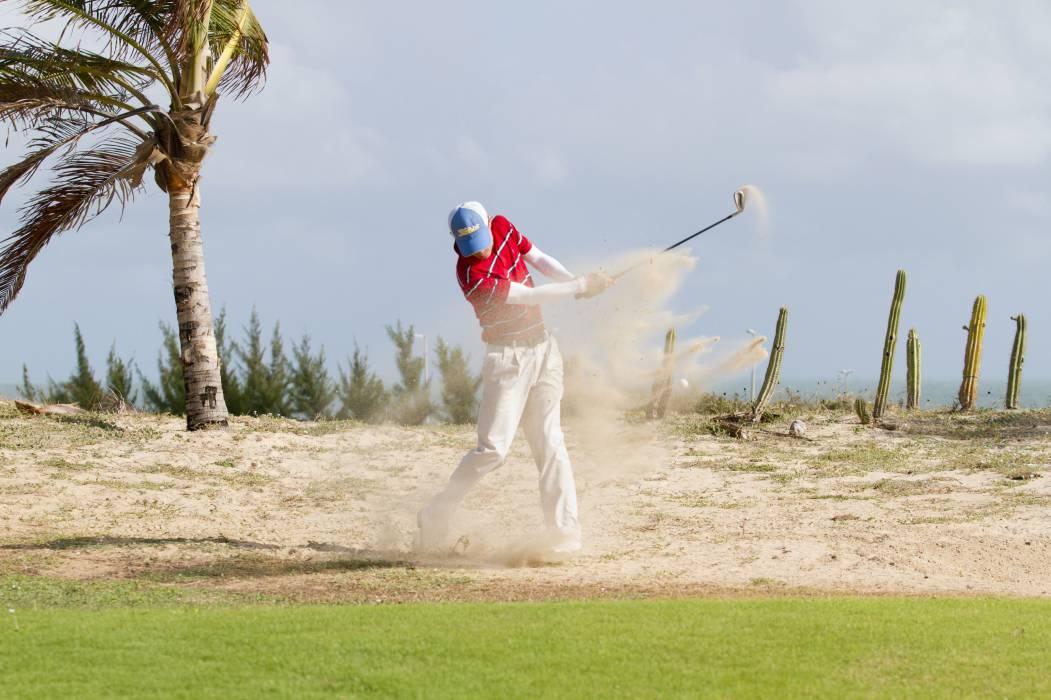 O hotel do grupo português em Aquiraz possui o primeiro campo de golfe do Ceará