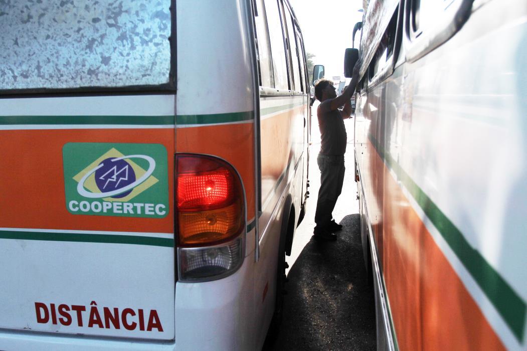 A Arce deverá elaborar as tabelas das novas tarifas das linhas e informar aos permissionários e passageiros os valores a serem praticados (Foto: ANDRÉ SALGADO, EM 26/09/2012)