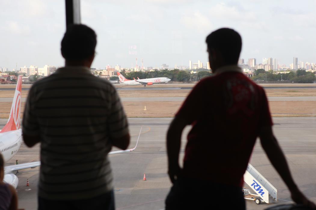 Viajantes brasileiros continuam impedidos de viajar para os principais destinos do mundo. (Foto: SARA MAIA , em 28/12/2012)