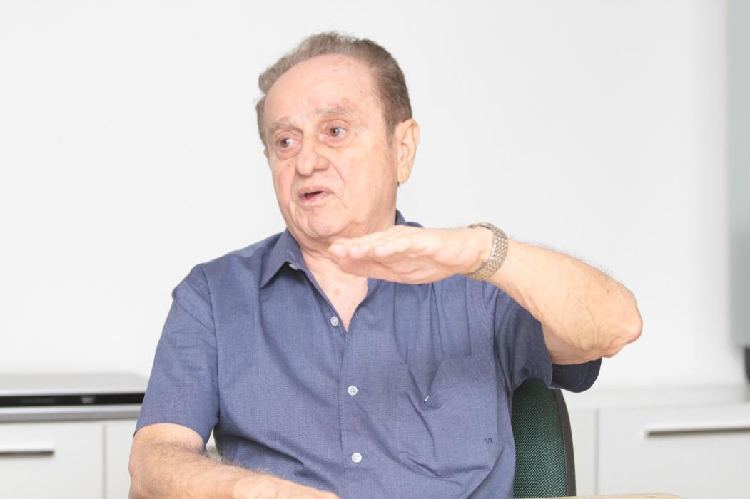 FORTALEZA, CE, BRASIL, 20-08-2013: Entrevista com o engenheiro Cássio Borges. (Foto: Evilázio Bezerra/O POVO)