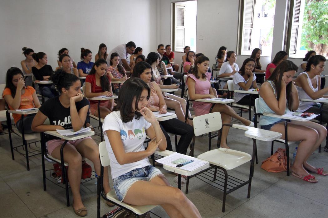 A Universidade Estadual do Ceará (Uece) encerra requerimentos de isenção de taxa para o Vestibular 2019.2  na sexta-feira, 22. (Foto: Mauri Melo/O POVO).(Foto: Edimar Soares/O POVO)