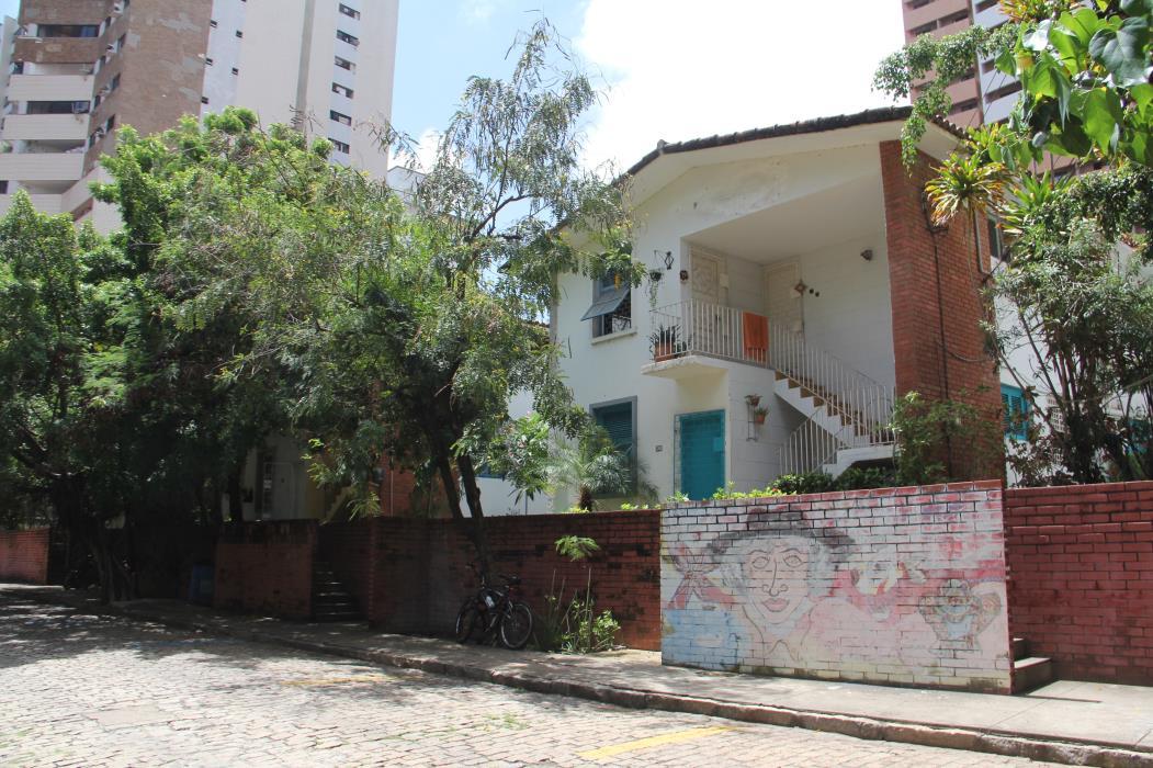 (Foto: CHICO ALENCAR, em 26/2/2015)Residencial Iracema, em 2015
