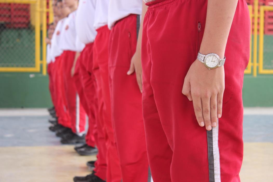 Alunos do Colégio Militar do Corpo de Bombeiros, no bairro Jacarecanga