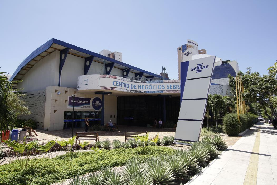 FORTALEZA, CE, BRASIL, 29-07-2016: Fachada do Centro de Negócios do Sebrae. Lançamento da Feira do Empreendedor Fortaleza 2016, no Serviço Brasileiro de Apoio às Micros e Pequenas Empresas (Sebrae). (Foto: Aurélio Alves/Especial para O POVO)