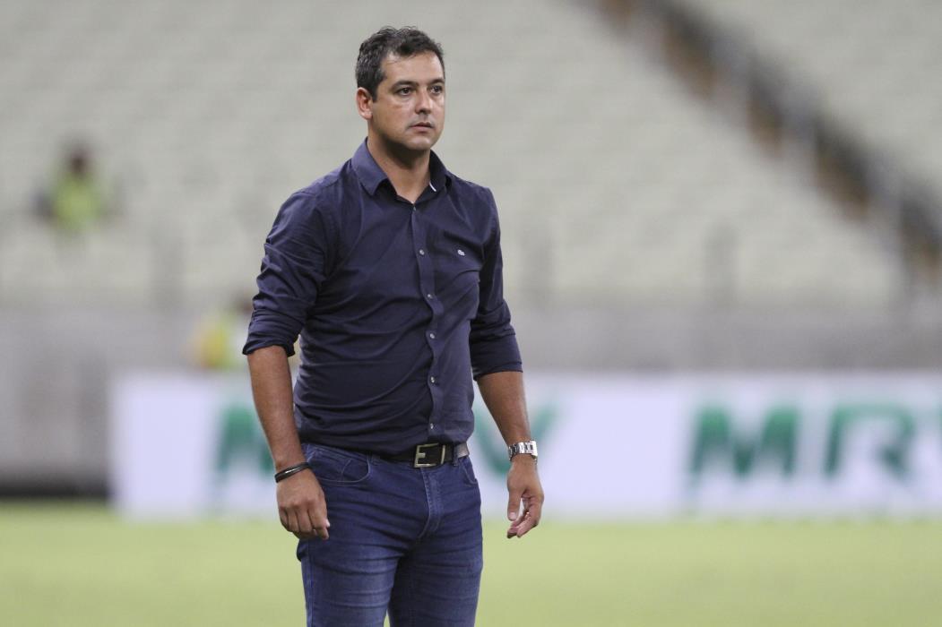 Marquinhos Santos, na época de técnico do Fortaleza