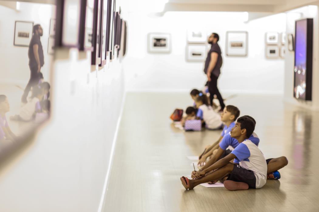 Além das exposições, o Museu da Fotografia promove atividades formativas com escolas e comunidades (Foto: Camila De Almeida)