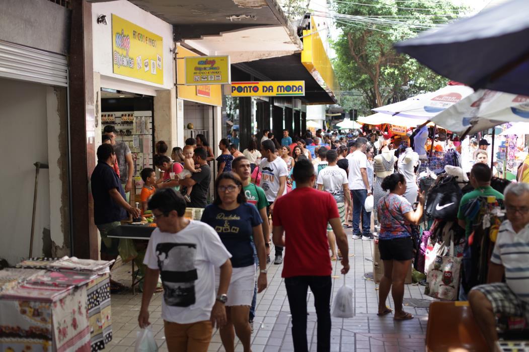 O impacto da pandemia chegou às vendas do Natal (Foto: AURÉLIO ALVES)