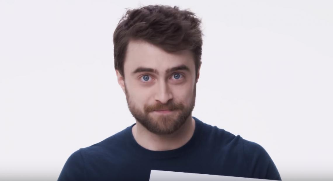 Daniel Radcliffe brinca em entrevista e vira assunto nas redes sociais (FOTO: Reprodução)