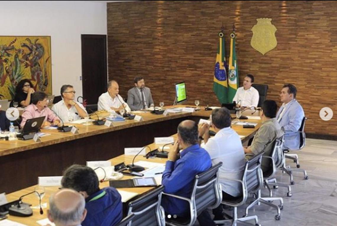 O governador do Ceará anunciou a criação de novas 80 vagas para o curso de medicina da UECE. (Foto: Divulgação / Instagram @camilosantanaoficial)