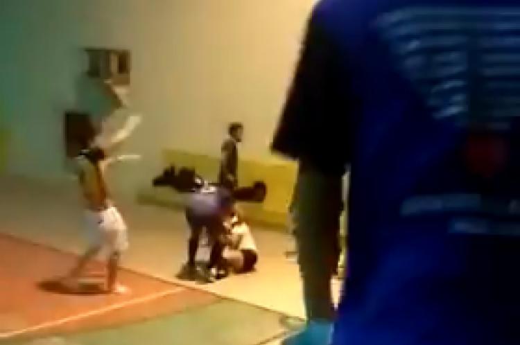 Depois de uma confusão entre os dois times, Eliete expulsou dois jogadores da quadra, incluindo seu agressor. Logo em seguida, ele lhe desfere três socos e ela vai ao chão.
