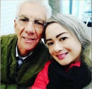 José e a esposa iam de Belém a Paris