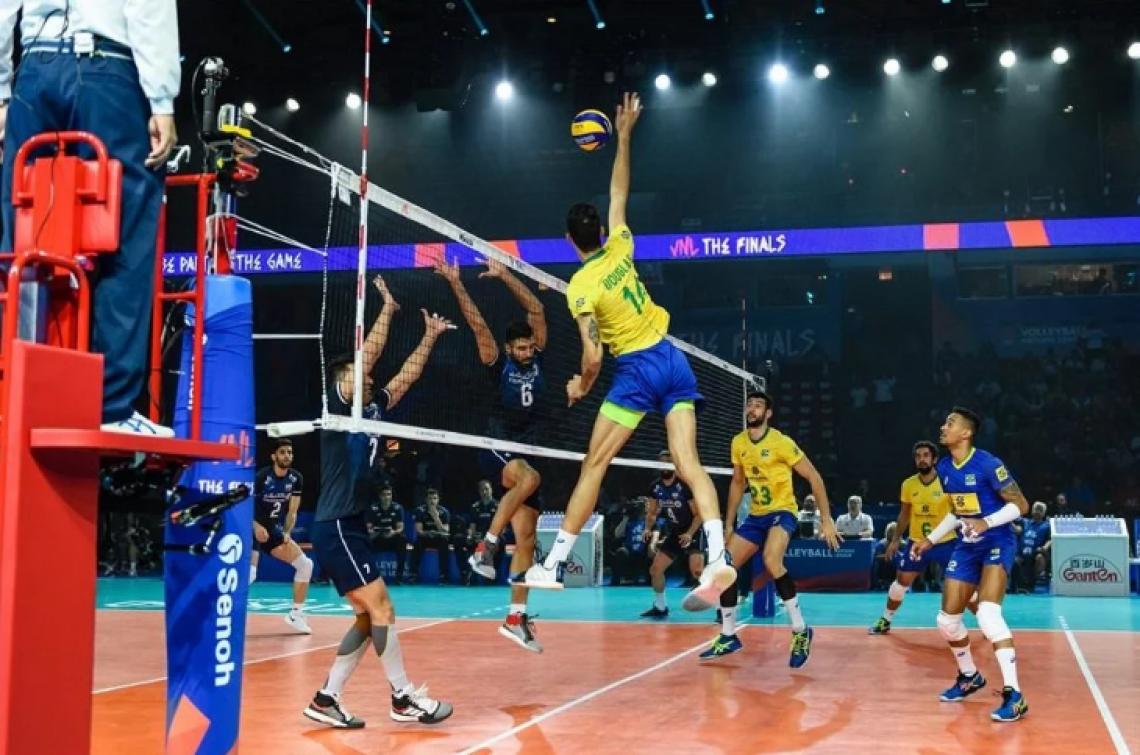 Brasil e Irã fizeram um jogaço.