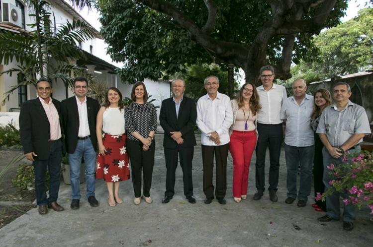 Da antiga equipe continuam três: Almir Bittencourt da Silva, Jorge Herbert Soares de Lira e Augusto Teixeira de Albuquerque.