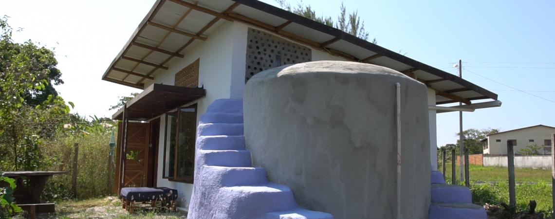 O projeto também foi pensado para garantir a reutilização da água e a produção da própria comida. (Foto: Divulgação)