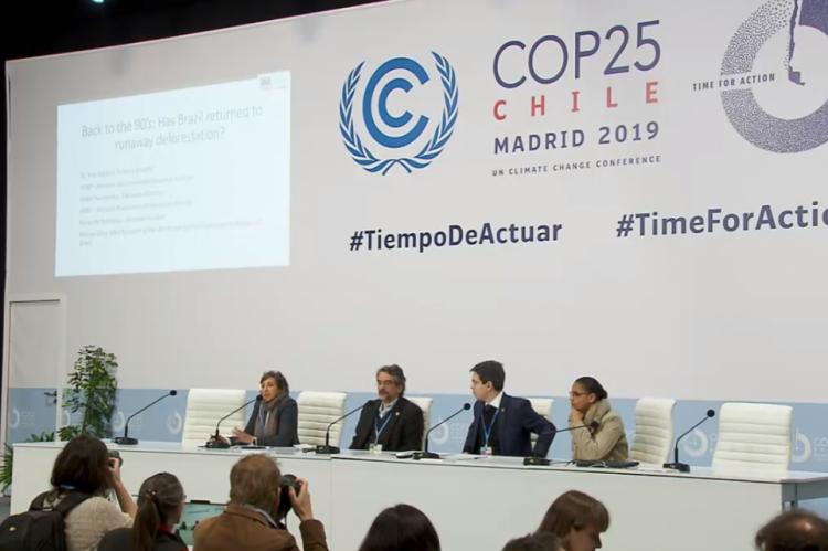 COP 25: representantes do IPAM, senador Randolfe Rodrigues (Rede) e ex-ministra Marina Silva falam em coletiva de imprensa sobre políticas ambientais brasileiras